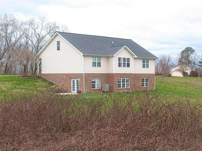 351 GOLDEN POND DR, LONDON, KY 40741 - Photo 2