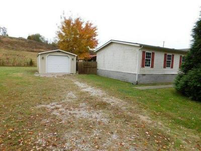 580 LONG BRANCH RD, JEFFERSONVILLE, KY 40337 - Photo 2