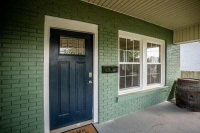 804 OAK HILL DR, Lexington, KY 40505 - Photo 2
