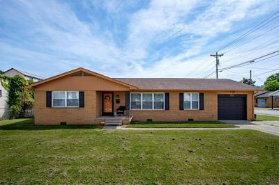 712 N MAIN ST, Barbourville, KY 40906 - Photo 2