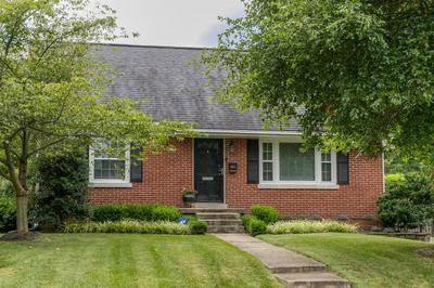 406 FAIRFIELD DR, Lexington, KY 40503 - Photo 2