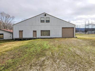 210 HALLS LN, Stanton, KY 40380 - Photo 1