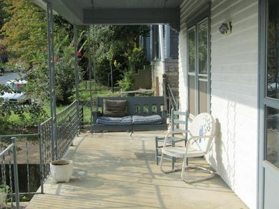 402 EWING ST, Frankfort, KY 40601 - Photo 2