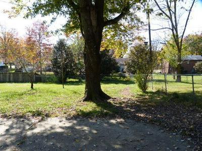 3294 PIMLICO PKWY, Lexington, KY 40517 - Photo 2
