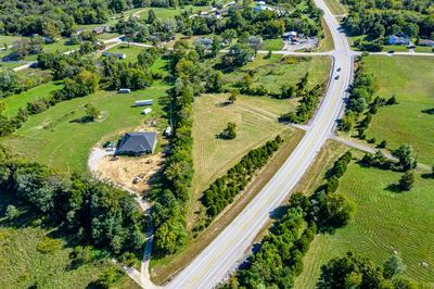 100 OWENTON RIDGE LN, Frankfort, KY 40601 - Photo 2