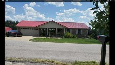 176 EMMONS DR, Flemingsburg, KY 41041 - Photo 1