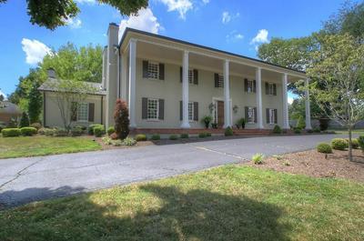 820 BROOKHILL DR, Lexington, KY 40502 - Photo 2