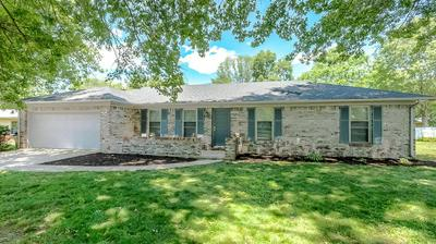 534 REGENT CT, Versailles, KY 40383 - Photo 1