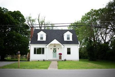 878 WARWICK RD, Harrodsburg, KY 40330 - Photo 2