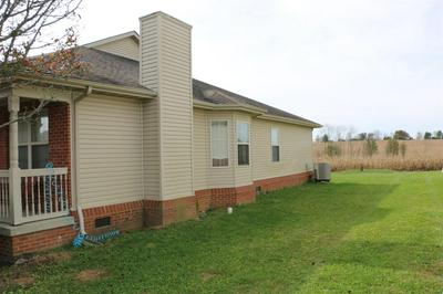 415 PAISLEY CT, Winchester, KY 40391 - Photo 2