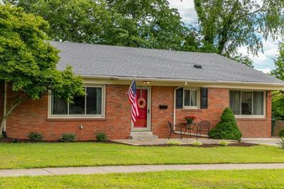 517 HOLLYHILL DR, Lexington, KY 40503 - Photo 1