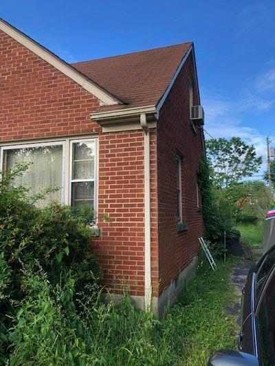 592 HI CREST DR, Lexington, KY 40505 - Photo 2