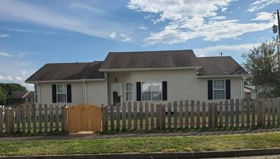 107 STRAWBERRY CT, Nicholasville, KY 40356 - Photo 2