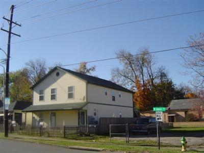 665 N UPPER ST, Lexington, KY 40508 - Photo 1