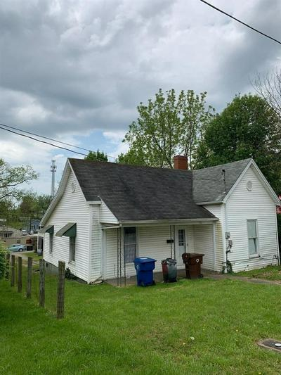 108 LINDEN AVE, Winchester, KY 40391 - Photo 2