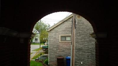 24 COLLEGE ST, Winchester, KY 40391 - Photo 2