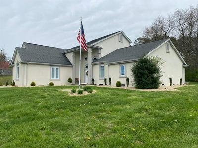 449 W LAUREL RD, London, KY 40741 - Photo 1
