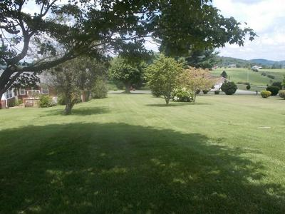71 ROLLING HILLS RD, Mt Vernon, KY 40456 - Photo 2