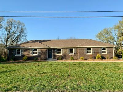 206 WALNUT HILL DR, Richmond, KY 40475 - Photo 1