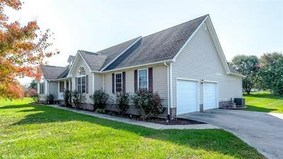 1028 CAROLINE DR, Richmond, KY 40475 - Photo 2