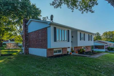 142 PLEASANT HILL DR, Frankfort, KY 40601 - Photo 2