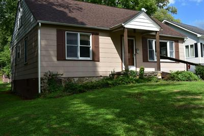 213 MAPLE ST, Manchester, KY 40962 - Photo 2
