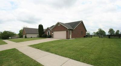 142 GENERAL CLEBURN DR, Richmond, KY 40475 - Photo 2