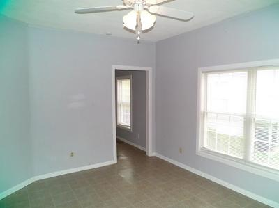818 FIRST AVE HOLMES, Frankfort, KY 40601 - Photo 2