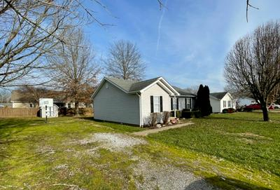 564 GOSHEN CUT OFF RD, Stanford, KY 40484 - Photo 2
