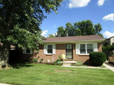 107 COLONIAL PARK DR, Winchester, KY 40391 - Photo 2