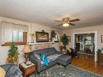 1042 COLLINS LN, FRANKFORT, KY 40601 - Photo 2