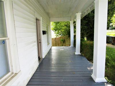 17 CENTRAL AVE, Winchester, KY 40391 - Photo 2