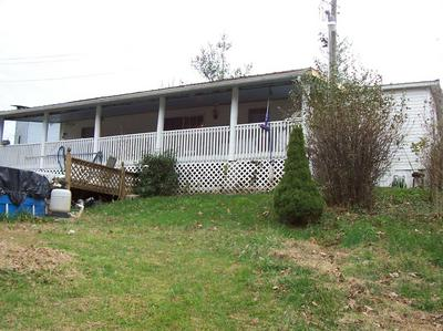 604 BEARTRACK RD, Beattyville, KY 41311 - Photo 2