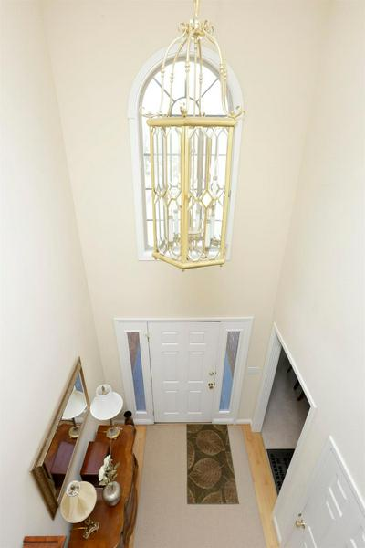 2008 SHAKER RUN RD, Lexington, KY 40509 - Photo 2