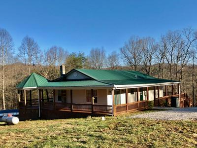 5526 MEADOW CREEK RD, Rockholds, KY 40759 - Photo 1