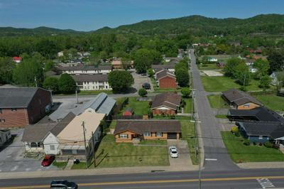 712 N MAIN ST, Barbourville, KY 40906 - Photo 1