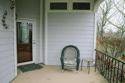 1069 WATSON CT, Lexington, KY 40511 - Photo 2