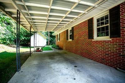 38 HILL ST, Beattyville, KY 41311 - Photo 2
