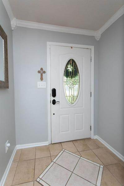 509 LASALLE CT, Winchester, KY 40391 - Photo 2