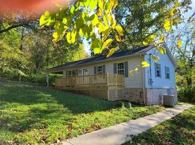 517 HALL ST, Somerset, KY 42501 - Photo 2