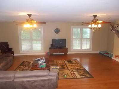 241 CARDINAL HOLLOW RD, Mt Vernon, KY 40456 - Photo 2