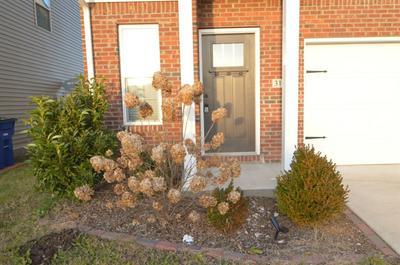 3156 SWEET CLOVER LN, Lexington, KY 40509 - Photo 2