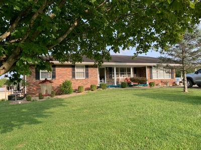 105 GREENWAY DR, Flemingsburg, KY 41041 - Photo 1