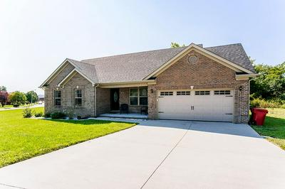 700 CANDLEWOOD DR, Berea, KY 40403 - Photo 1