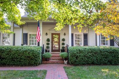 377 COLONY BLVD, Lexington, KY 40502 - Photo 2