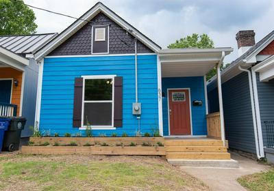 637 N LIMESTONE, Lexington, KY 40508 - Photo 1