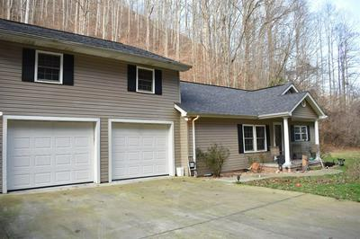 524 ROCKHOUSE BRANCH RD, Manchester, KY 40962 - Photo 2