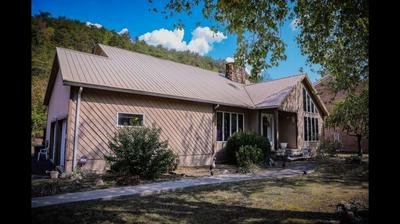 56 ROSE ST, PIKEVILLE, KY 41501 - Photo 1