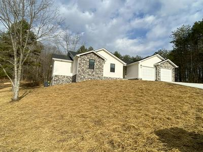 450 FAWN VALLEY RD, Corbin, KY 40701 - Photo 2