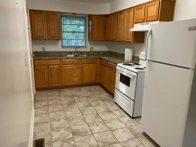 1646 MAYWICK VIEW LN, Lexington, KY 40504 - Photo 2